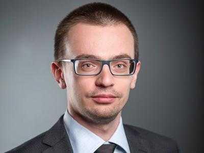 Рейдер-неудачник Дудник Андрей Петрович и мошенник Артем Подольский увеличили размер взятки от 150 до 700 тысяч долларов